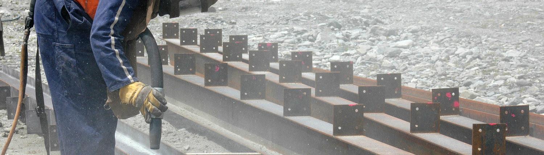 sandblasting beams for building project